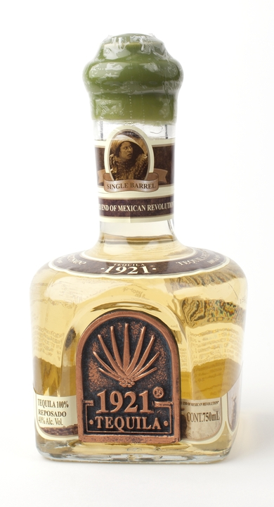 Bottle of 1921 Reposado