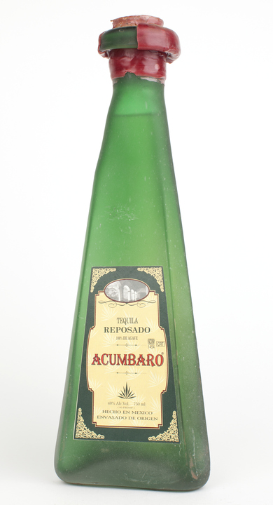 Bottle of Acumbaro Reposado