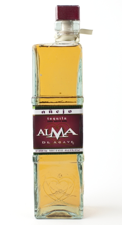 Bottle of Alma de Agave Añejo
