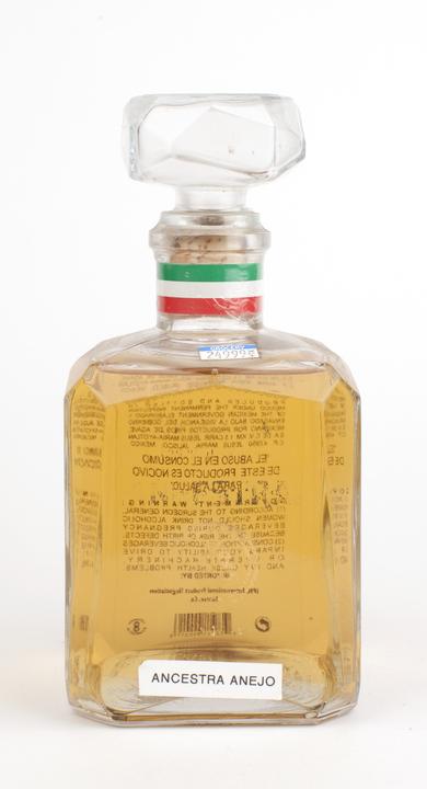 Bottle of Ancestra Añejo Extra Smooth