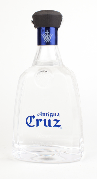 Bottle of Antigua Cruz Silver