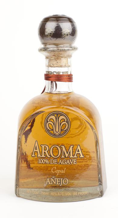 Bottle of Aroma Añejo (Copal)