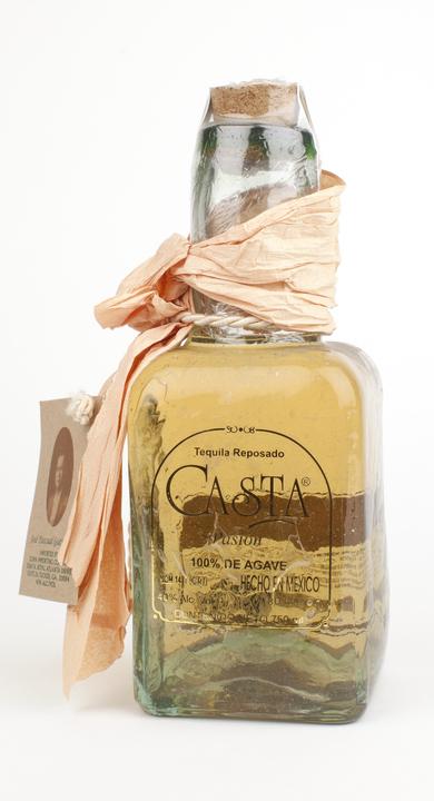 Bottle of Casta Pasión Reposado