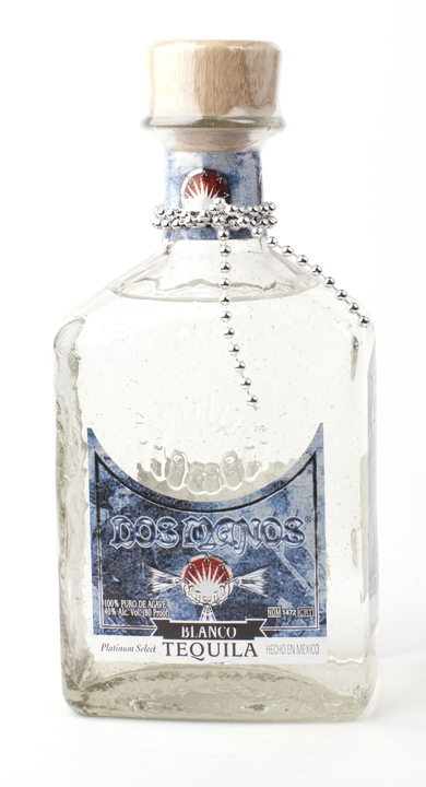 Bottle of Dos Manos Blanco Tequila