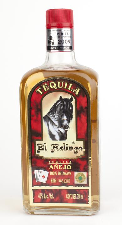 Bottle of El Relingo Añejo