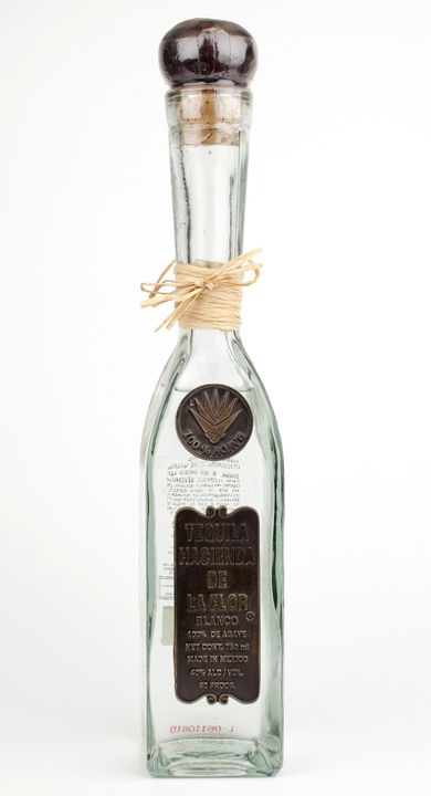 Bottle of Hacienda de la Flor Blanco