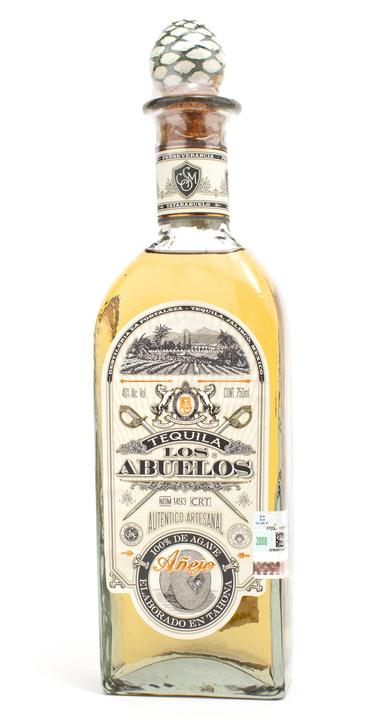 Bottle of Los Abuelos Añejo