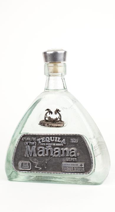 Bottle of Mañana Silver