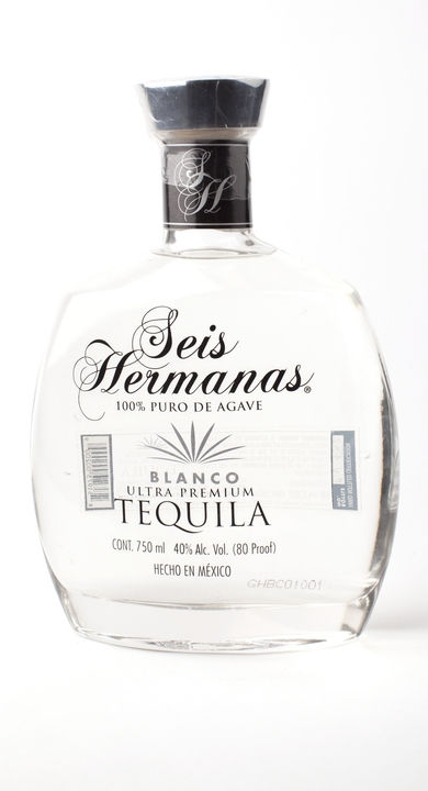 Bottle of Seis Hermanas Blanco