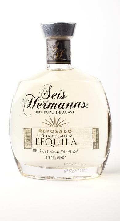 Bottle of Seis Hermanas Reposado