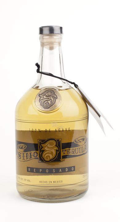 Bottle of Sino Reposado