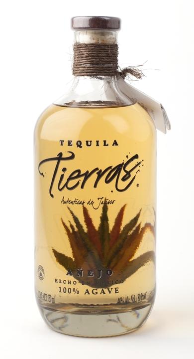 Bottle of Tierras Añejo
