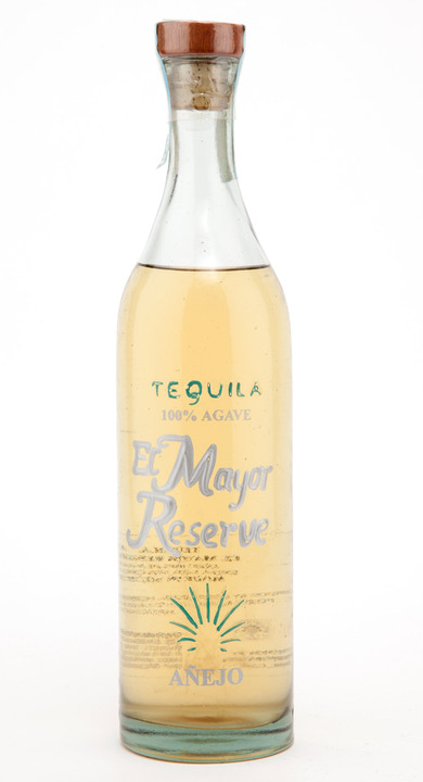 Bottle of El Mayor Reserve Añejo
