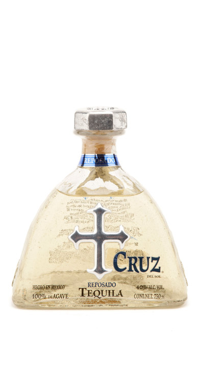Bottle of Cruz Tequila Reposado