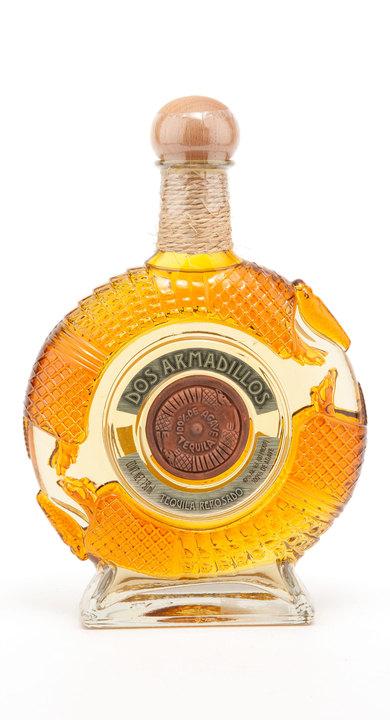 Bottle of Dos Armadillos Reposado