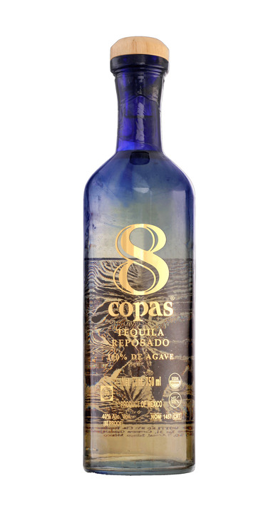 Bottle of 8 Copas Reposado
