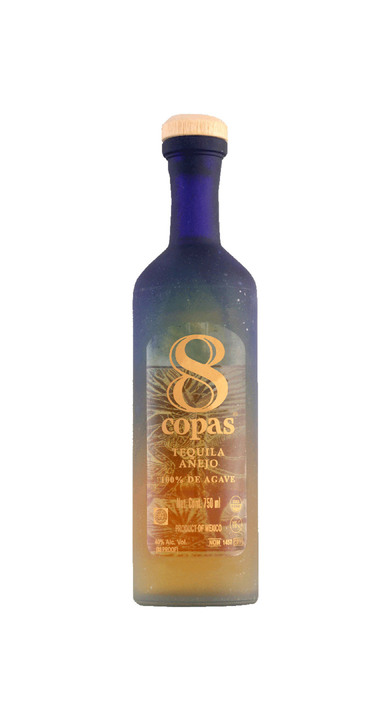 Bottle of 8 Copas Añejo