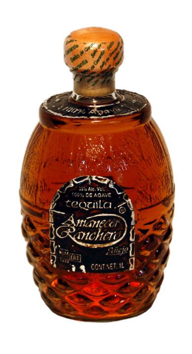 Bottle of Amanecer Ranchero Añejo