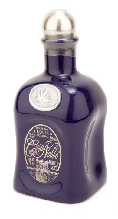 Bottle of Casa Noble Reposado (Medallion)