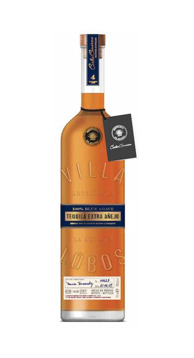 Bottle of Villa Lobos Extra Añejo