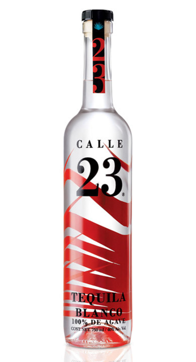 Bottle of Calle 23 Blanco