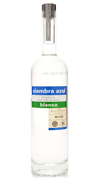 Bottle of Siembra Azul Blanco