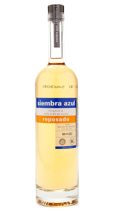 Bottle of Siembra Azul Reposado
