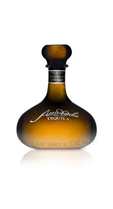 Bottle of Amorada Tequila Reposado