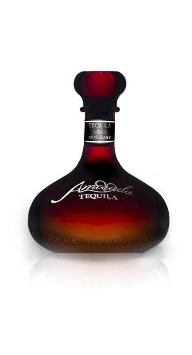 Bottle of Amorada Tequila Añejo