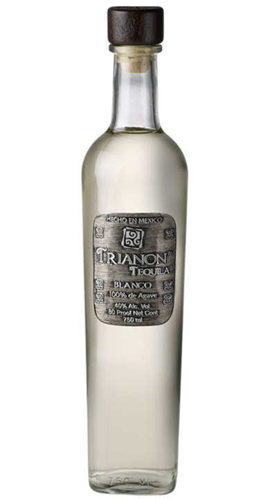 Bottle of Trianon Blanco