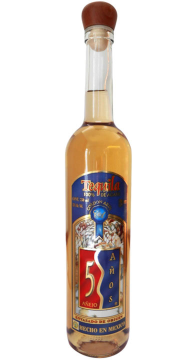 "Bottle of 5 Años Añejo ""Cordon Azul"""