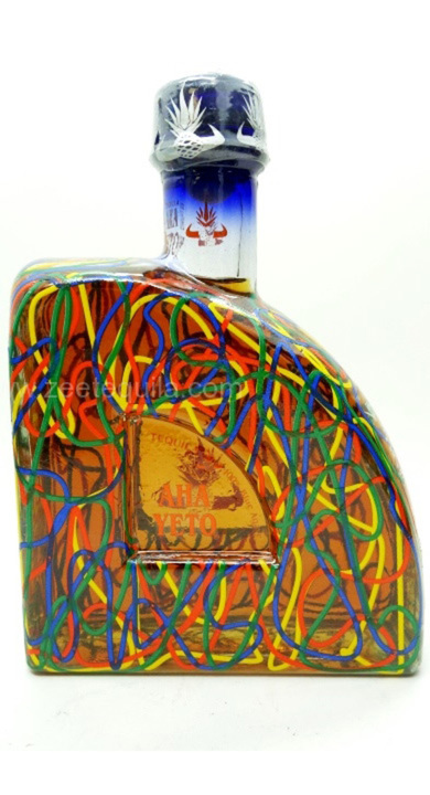 Bottle of Aha Yeto Extra Anejo Artesenal