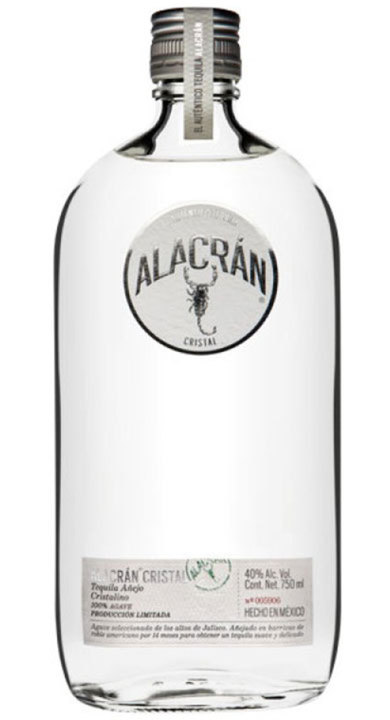 Bottle of Alacran Cristal Añejo