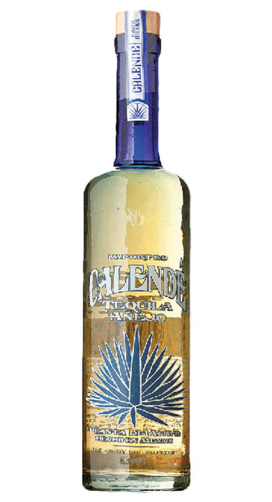 Bottle of Calendé Añejo