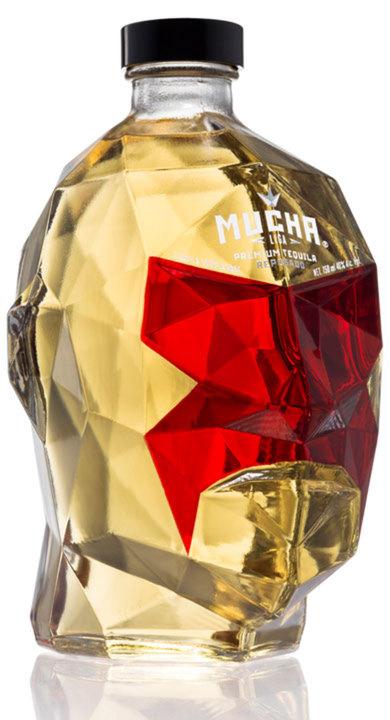 Bottle of Mucha Liga Reposado
