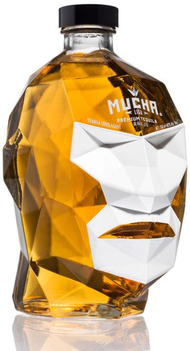 Bottle of Mucha Liga Añejo