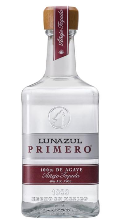 Bottle of Lunazul Primero Tequila Añejo