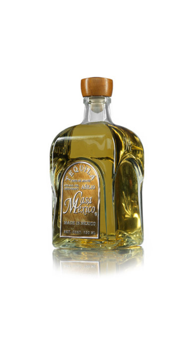 Bottle of Casa Mexico Añejo