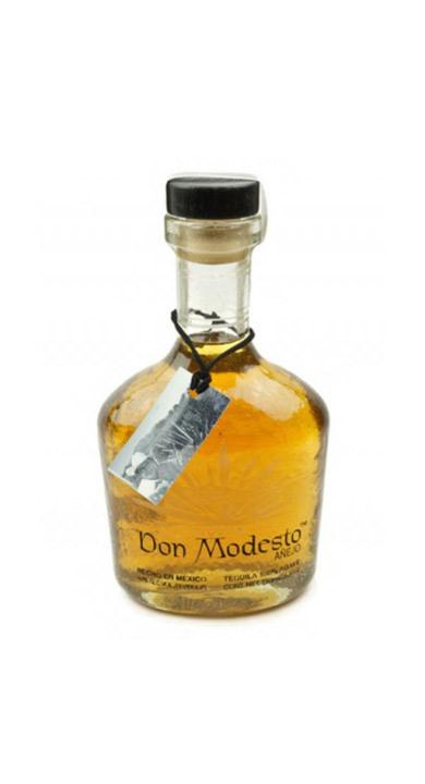 Bottle of Don Modesto Tequila Añejo