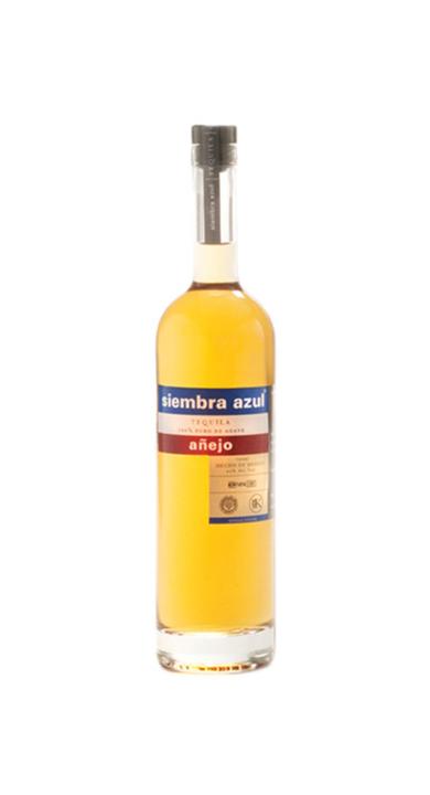 Bottle of Siembra Azul Añejo