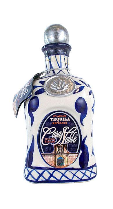 Bottle of Casa Noble Reposado (Talavera)