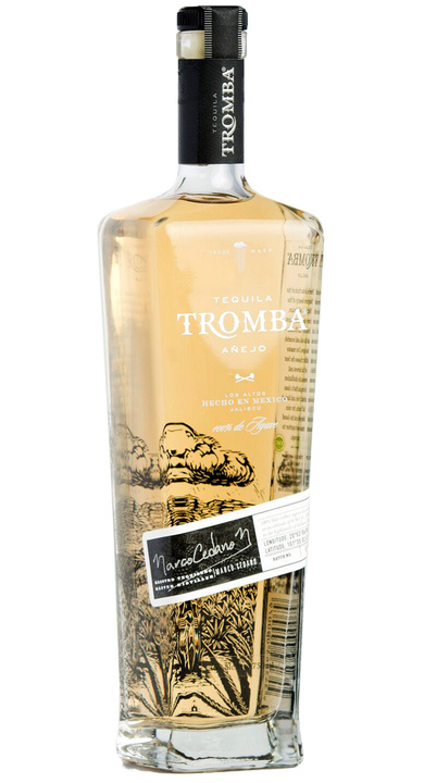 Bottle of Tequila Tromba Añejo