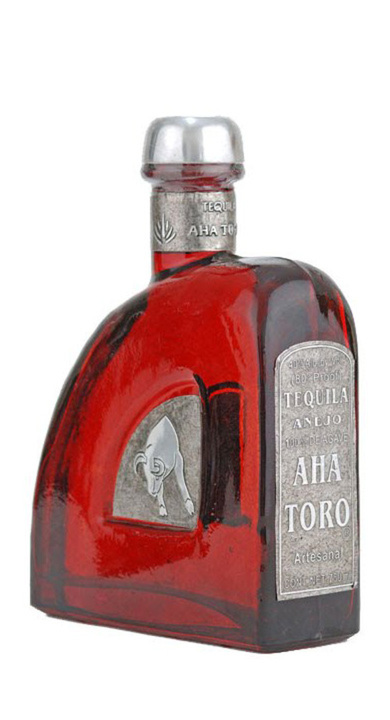 Bottle of Aha Toro Añejo