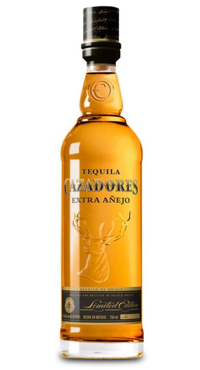 Bottle of Cazadores Extra Añejo