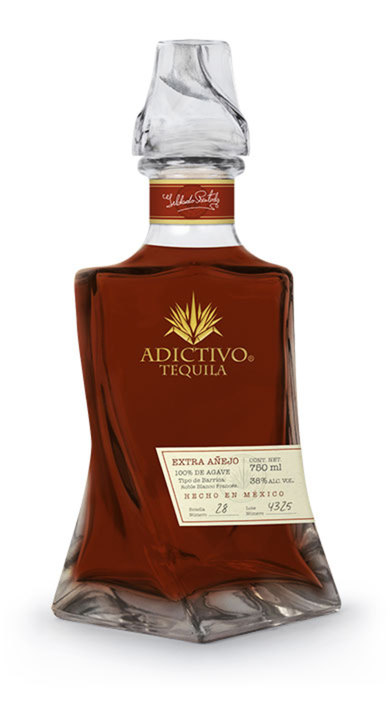 Bottle of Adictivo Tequila Extra Añejo