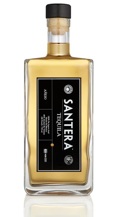 Bottle of Santera Tequila Añejo