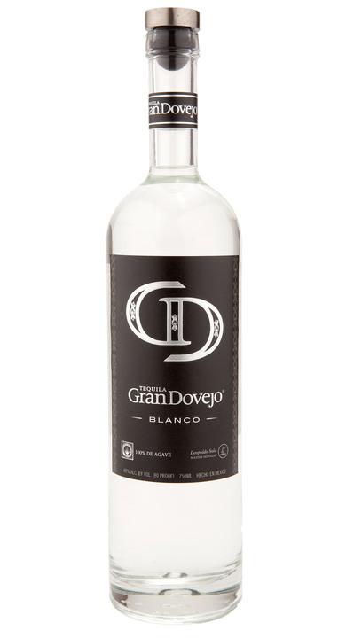 Bottle of Gran Dovejo Blanco