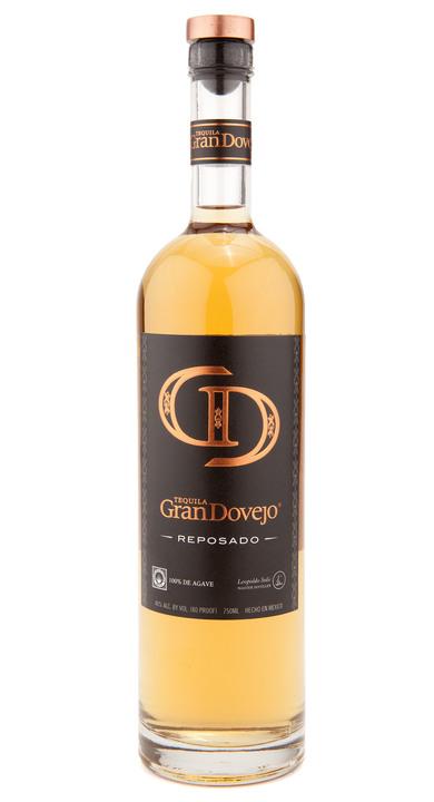 Bottle of Gran Dovejo Reposado