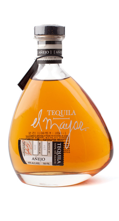 Bottle of El Mayor Añejo