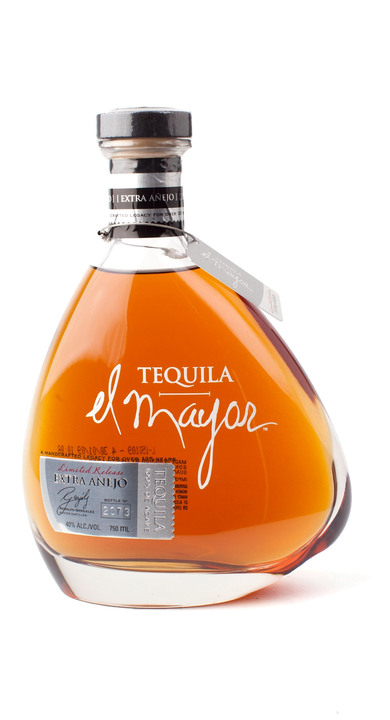 Bottle of El Mayor Extra Añejo
